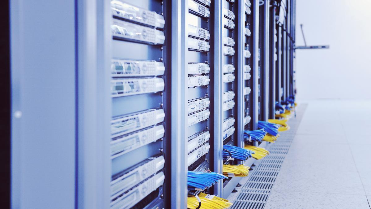 data storage, hot spare, server